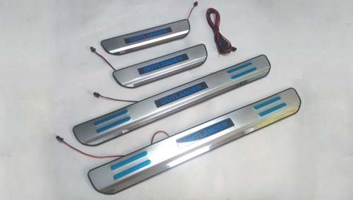 China 304 SS Door Sill Protector With LED Lights For Mitsubishi Outlander 2013 supplier